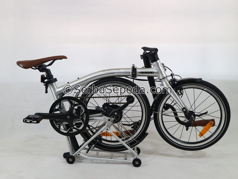 United Trifold 7 Speed 16